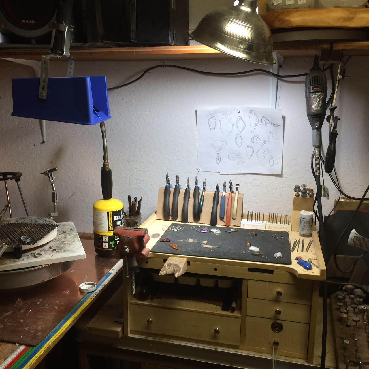 Jewelry design workbench